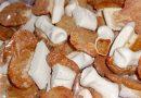 """Biscotti per commemorare i defunti: """"e murticielli"""" ossia """"ossa di morto"""""""